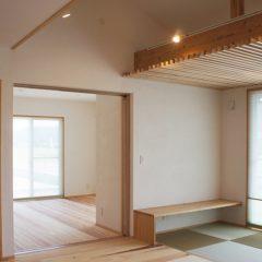 和の空間でゆっくりと時間の流れる心地よい家