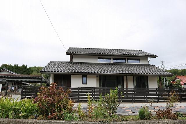 安芸高田市新築外観