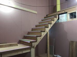 Jパネル階段