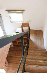 オープン階段のアイアン手摺
