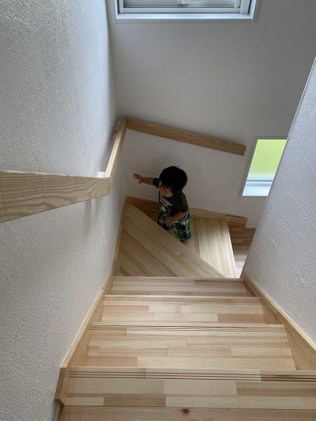 無垢の階段
